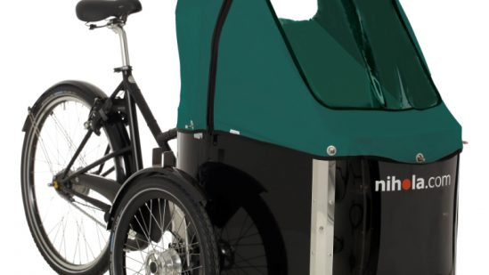 nihola-Family-cargo-bike-green-hood1