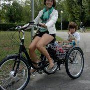 Triciclotto-trasporto bambini-03